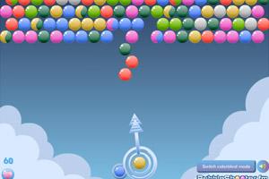 《云朵彩球泡泡龙》游戏画面1
