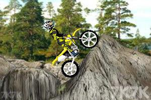 《越野摩托车2》游戏画面3