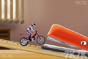 《平衡摩托车技4》截图1