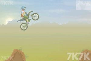 《特技摩托2》游戏画面4