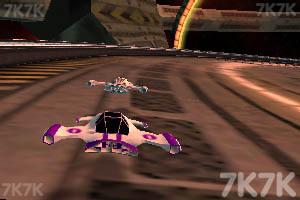《太空赛道》游戏画面1