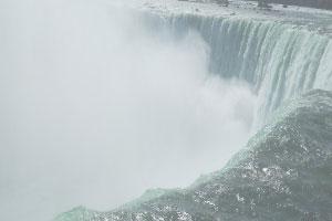 《尼亚加拉大瀑布拼图》游戏画面1
