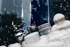 《雪山摩托挑战》游戏画面1