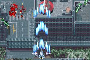 《四国战斗机2》游戏画面1