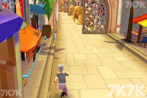 《愤怒奶奶玩跑酷1.8无敌版》游戏画面4