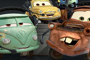 《汽车总动员2小组拼图》游戏画面1