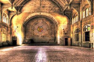 《逃离废弃的古城堡》游戏画面1