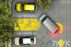 《老旧的停车场2》游戏画面2
