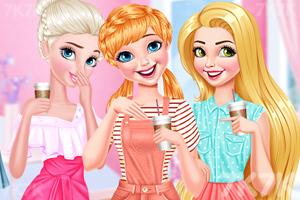 《喝咖啡的女孩》游戏画面1