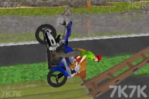 《真实摩托炫技赛》游戏画面3