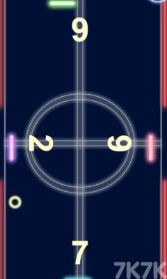 《发光曲棍球》游戏画面2