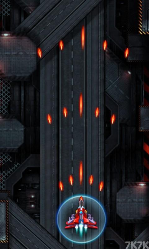 《太空雷霆战机》游戏画面2